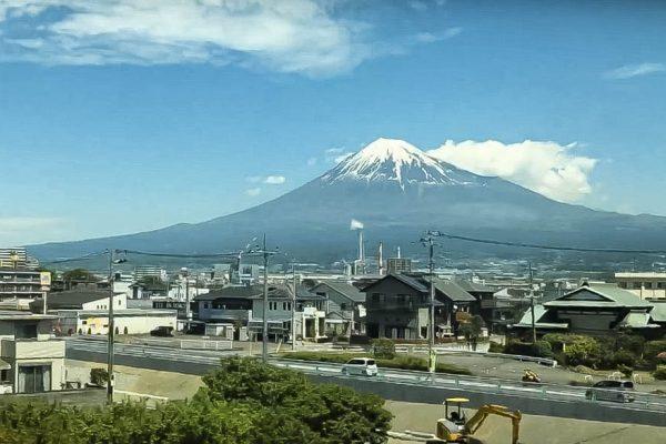 fuji-san-shinkansen